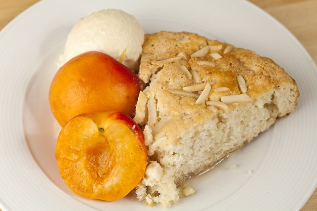 Simple Almond Shortcake
