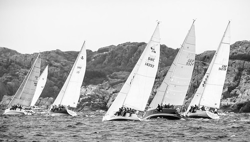 Synchronos sailing at Tjörn Runt 2012 by Brintam