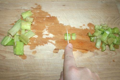 19 - Sellerie schneiden / Cut celeriac