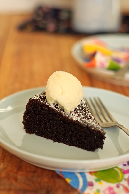 chocolate_olive_oil_cake1 | 7spice