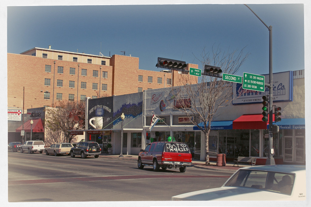 """Roswell, New Mexico, """"Not of this World"""" by Juli Kearns (Idyllopus)"""