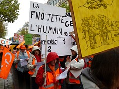 6 octobre 2012 : manifestation des PSAEE à Paris