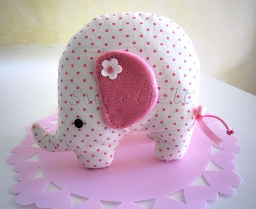 ♥♥♥ Rosinha, a elefantinha... para as meninas! by sweetfelt \ ideias em feltro