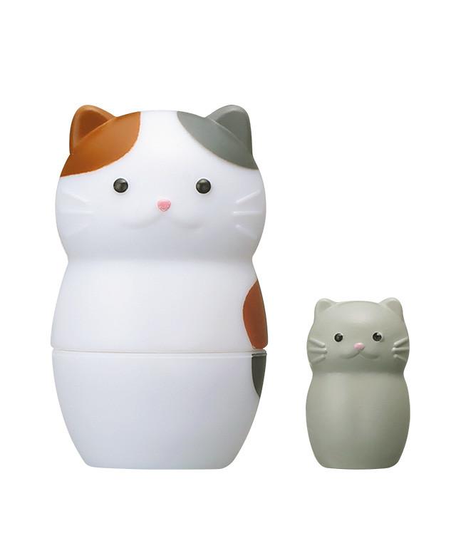 裡面是魚還是小貓?超可愛的 EPOCH 貓咪俄羅斯套娃 登場!