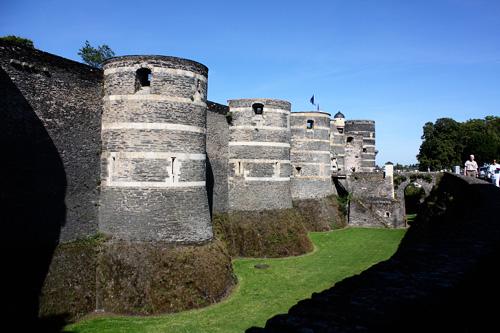 Side-of-castle2