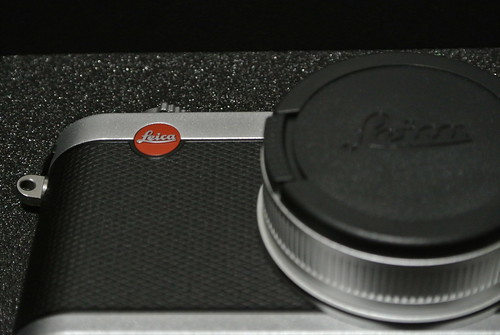 Opening a Leica X2