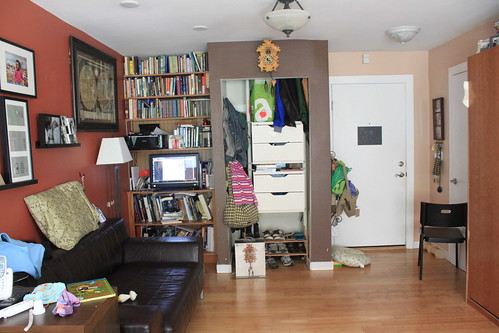 Library/closet/entry