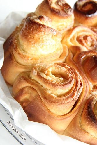 roses cake