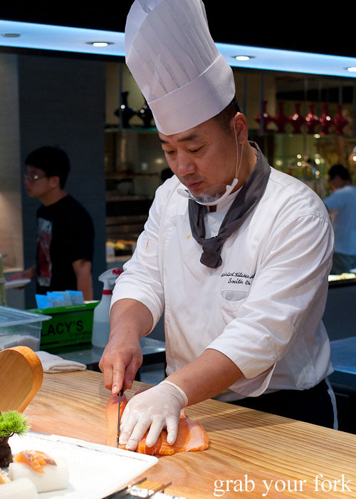 sushi chef at todai, marina bay sands singapore