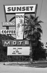 Sunset Inn Motel B&W