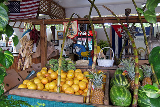 fruit stand in Little Havana (by: Wally Gobetz, creative commons)