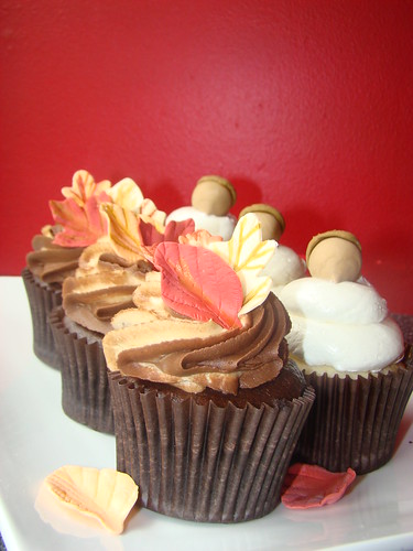 Fall Cupcakes 009 by Sweet Lola's Cupcakes