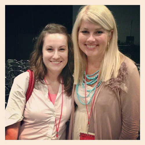 so happy to meet @mrskellystamps tonight!! :) #dotmom12