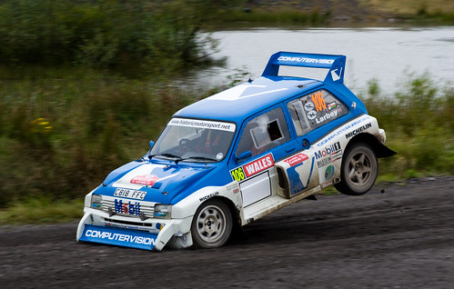 Stuart Larbey Metro 6r4 Walters Arena Rally GB National B 3