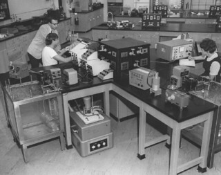 Physical Chemistry and Analytical Chemistry Laboratory in Seaver North