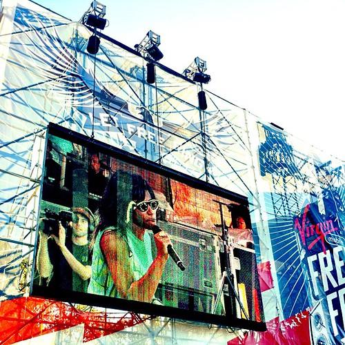 Santigold doin her thang! #freefest