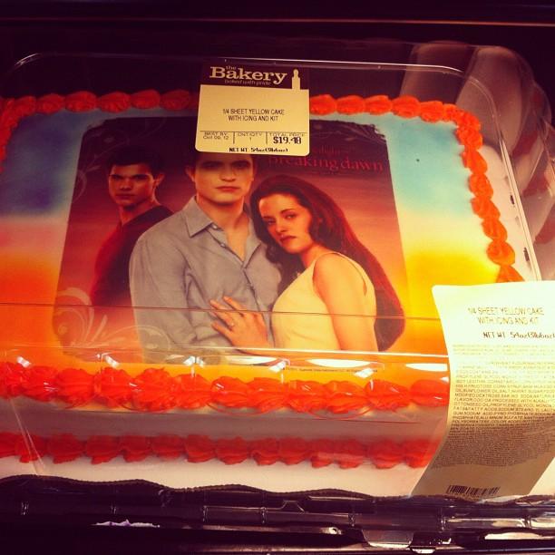 Вот еще один торт с персонажами вашего любимого фильма ))