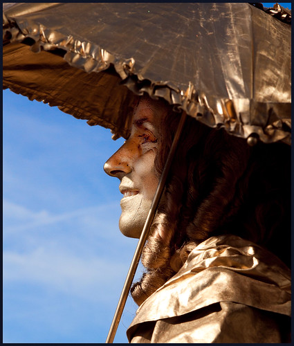 levend standbeeld (13) by hans van egdom