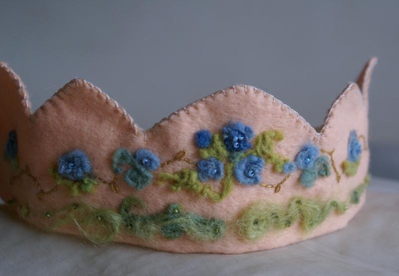 custom blue crown 3