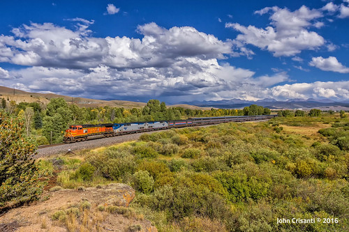 bnsfrailway amtrak gec449w gep42dc californiazephyr passenger passengercars trains train railfanning railroad railfan railway railroads rockymountains railroading colorado coloradorailroads coloradotrains moffat moffatroute mountains themoffatroad