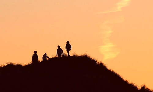 """""""Figures on the dunes"""""""