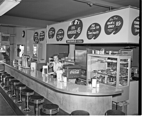 Mr B's Hamburgers, 1954