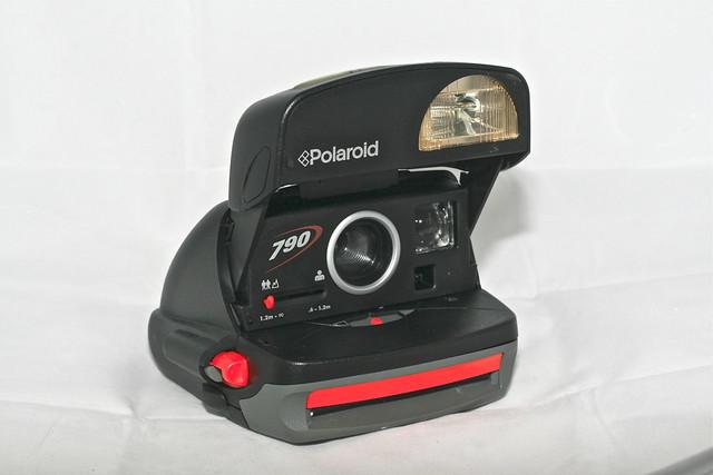 Polaroid yardım