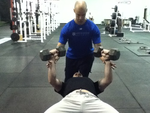 How To Spot A Dumbbell Press I Can T Believe I Have To Say This