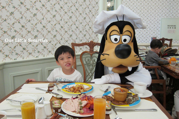 Edison with Goofy