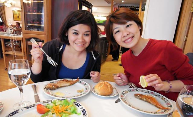 Hola Madrid~ 馬德里。La Panera 餐廳,花  €114  吃大餐!!!!!  R1043923