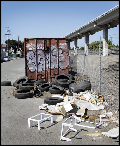Dumping BART San Leandro Save near 106 ave