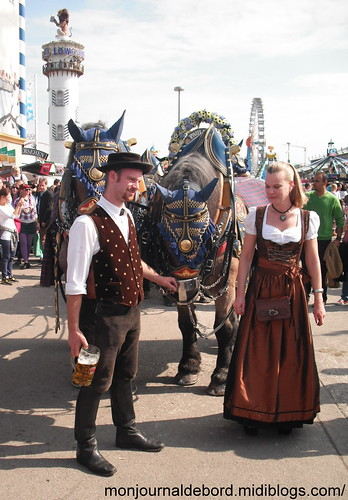chevaux habits traditionnels Oktoberfest 2012