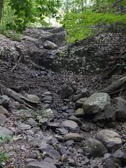 日, 2012-09-16 13:20 - 水の涸れたHemlock Falls