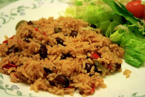 Joyfulgirl Makes: VeganMoFo Day 6: Puerto Rican Rice and Beans