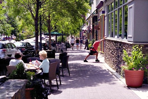 Rockville (MD) Town Center in the DC suburbs (by: Jay Divinagracia, creative commons)
