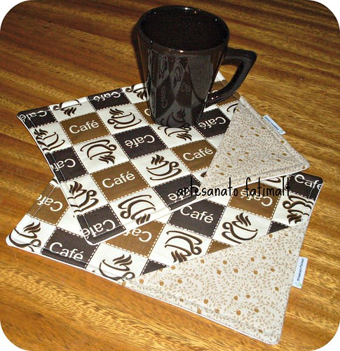 mug rugs by fatimalt