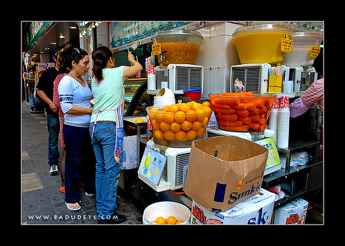 fresh juice store along Haiphong Road, HK