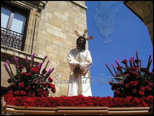 2. Nuestro Padre Jesús de la Esperanza Cautivo ante Anás