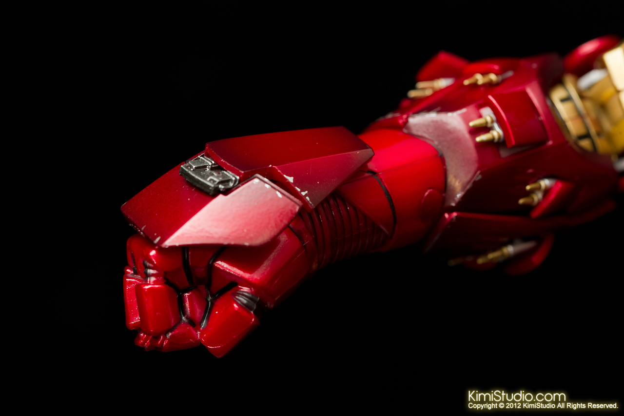2012.09.01 Hot Toys Iron Man Mark VI-052