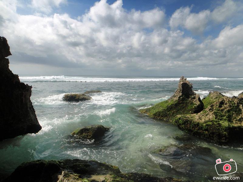 ULUWATU-BEACH-BLUE-POINT-2