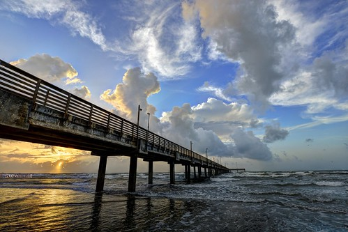 Summer sunrise at Gulf of Mexico, Horace Caldwell Pier (HDR)