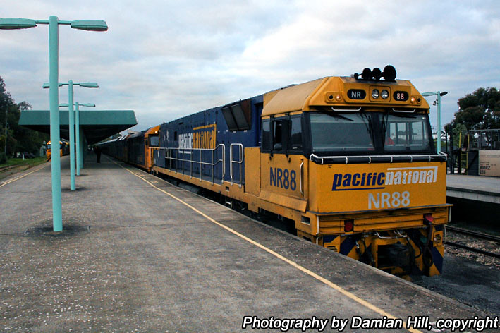NR88 Shunting The Overland, Keswick by baytram366