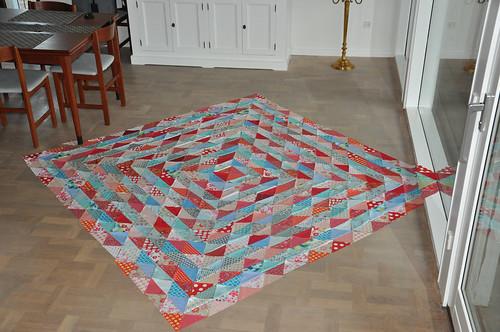 Scraps hst quilt