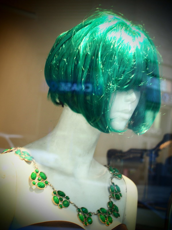 Manequin with green wig