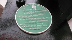 Photo of George III, Elizabeth Percy, and Hugh Smithson green plaque