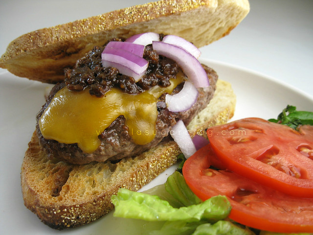 bacon jam topped cheeseburgers