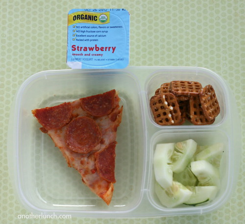 pathetic pizza lunch in EasyLunchboxes