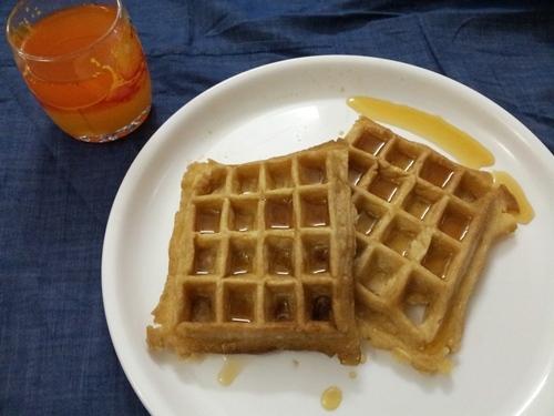 Eggless Waffles With Whole Wheat Flour Yummy Tummy