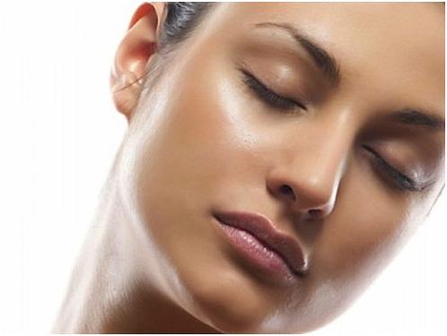 Causes of dark spots on skin