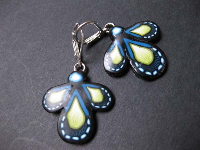 petals earrings